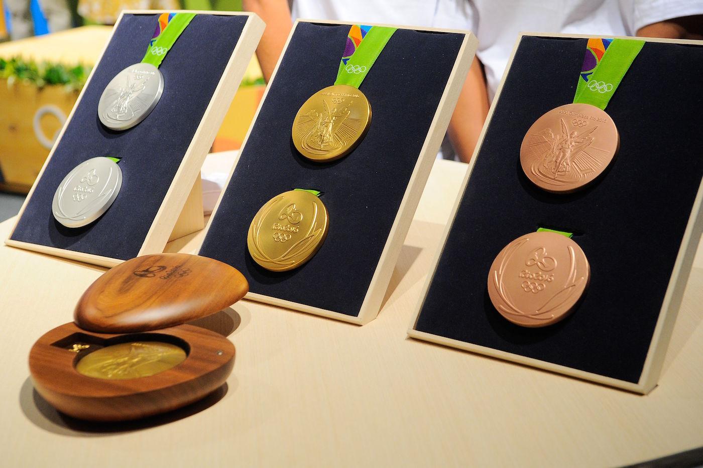 The Rio 2016 Olympic medals (photo by Tomaz Silva/Agência Brasil, via Wikimedia)
