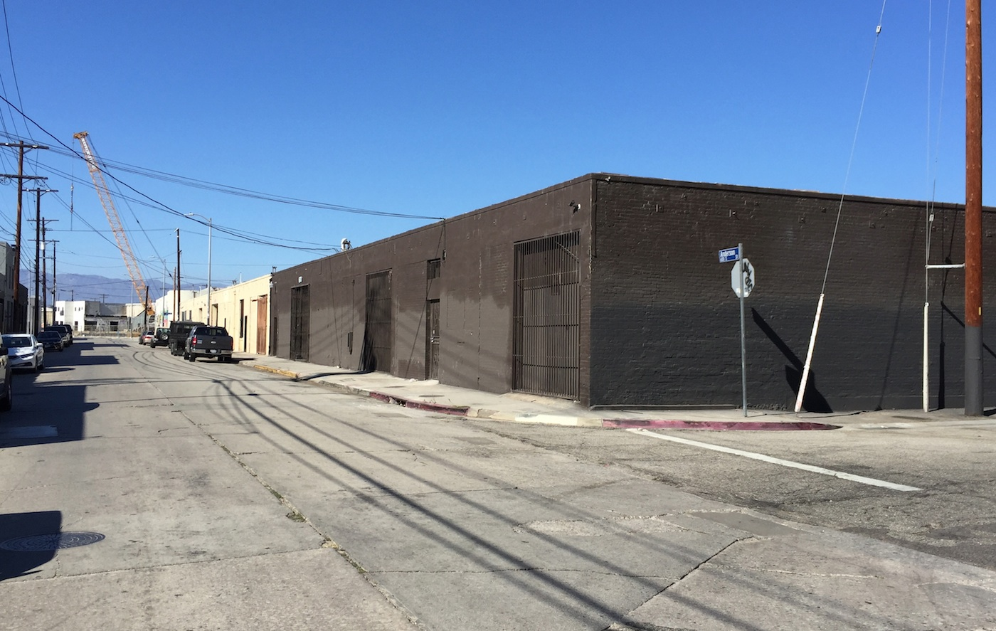 The new home of Ibid Gallery and UTA (photo by the author for Hyperallegic)