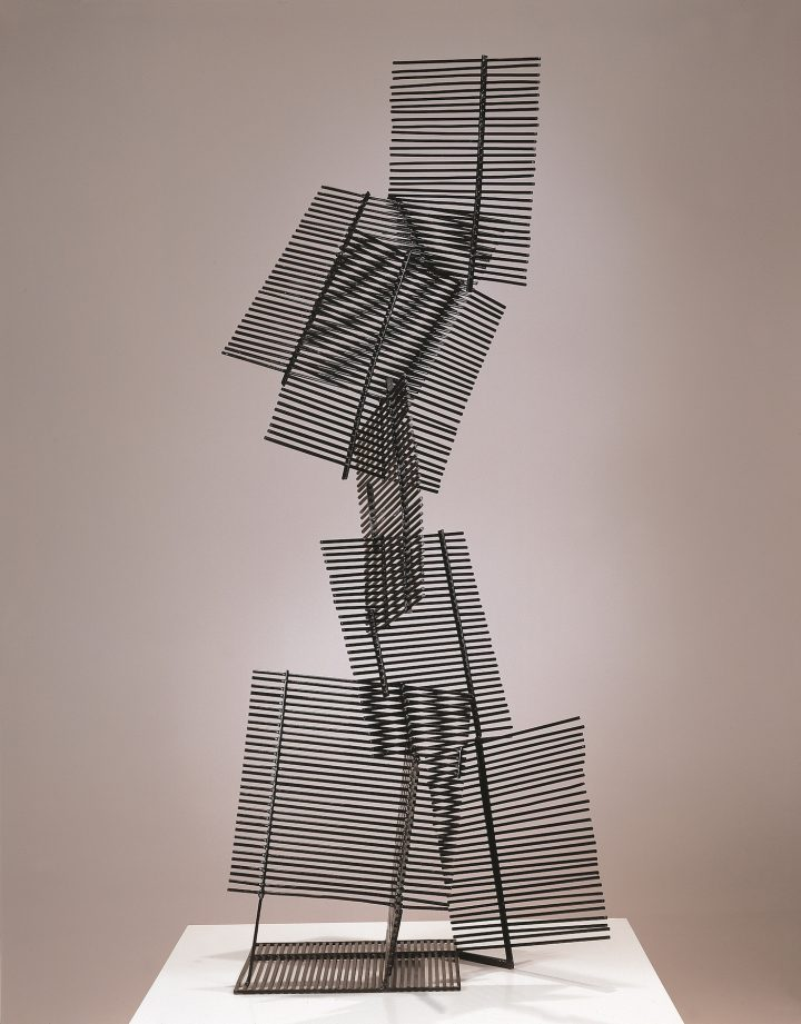 """Gego (Gertrud Goldschmidt), """"Eight Squares"""" (1961), painted iron, 66 15/16 x 25 3/16 x 15 3/4 in"""