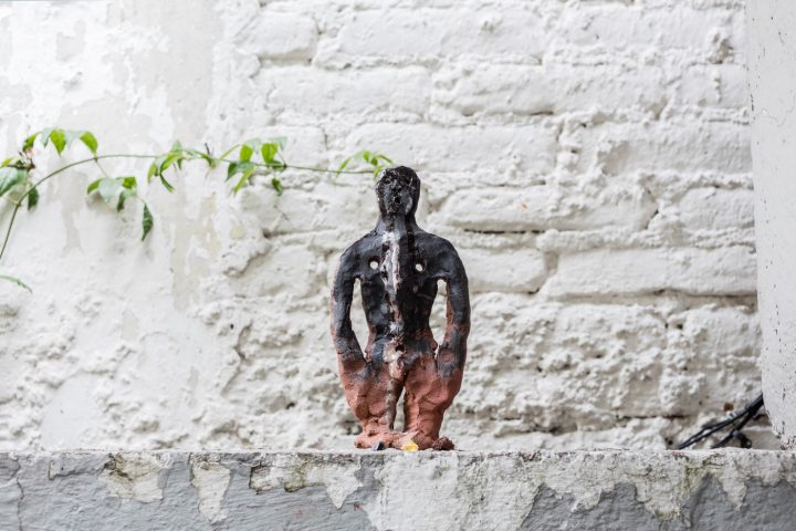 ektor garcia, installation views of kriziz, kurimanzutto, Mexico City, 2016. Courtesy of the artist and kurimanzutto, Mexico City, 2016. Photo: Abigail Enzaldo
