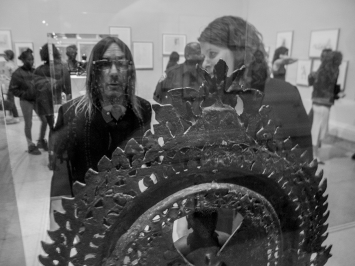 Iggy Pop admires an ancient Buddha figure (all photos by the author for Hyperallergic)