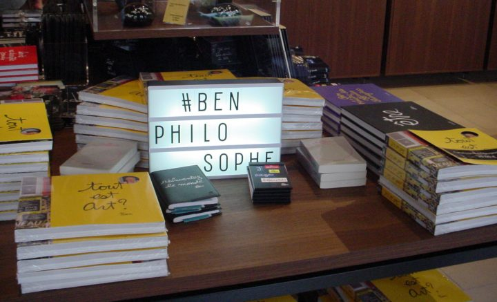 Ben Vautier books in the gift shop at the Musée Maillol (photo by the author for Hyperallergic)