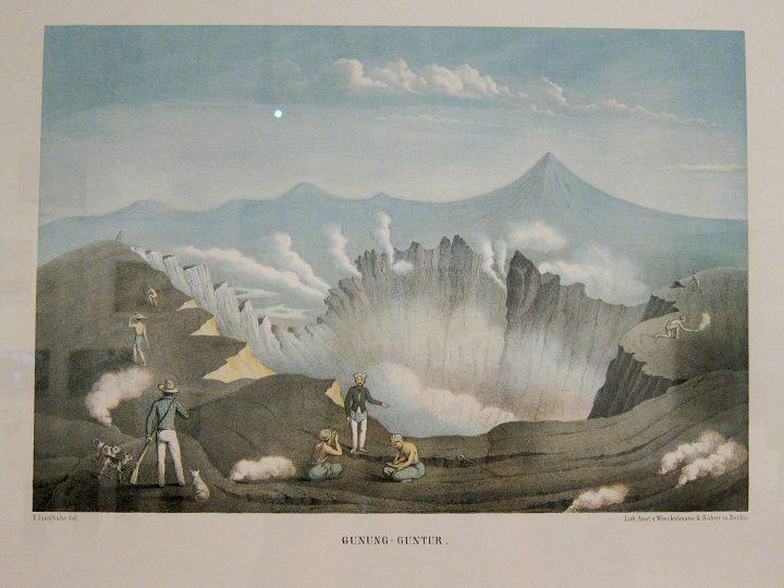 """Franz Wilhelm Junghuhn, """"Gunung Guntar"""" (1856), from Java-Album, Landschafts-Ansichten von Java, nach der Natur aufgenommen"""