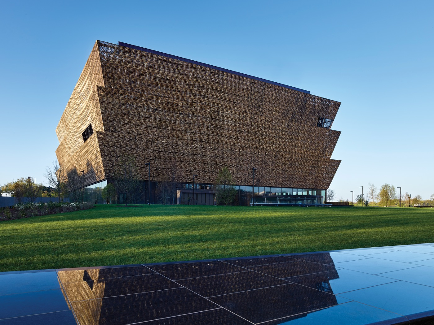 Noose found inside Smithsonian's African-American museum