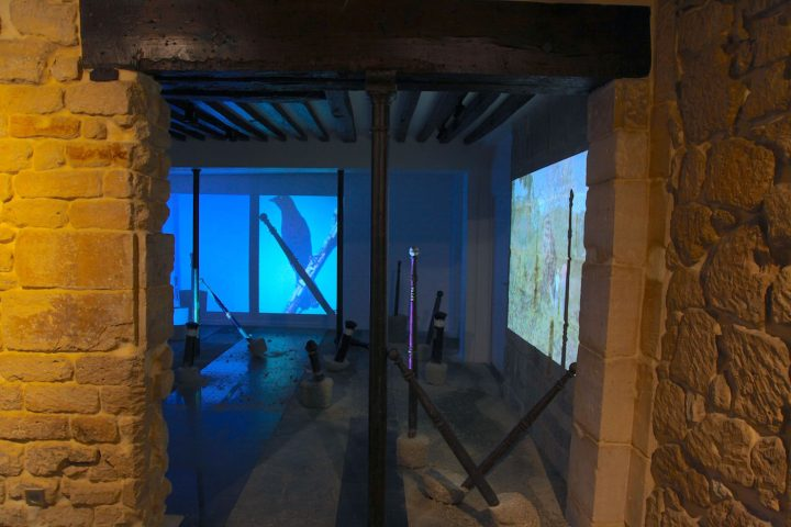 "Lara Ögel, ""Come Back! All Is Forgiven"" (2016), installation view, Protocinema, Paris"