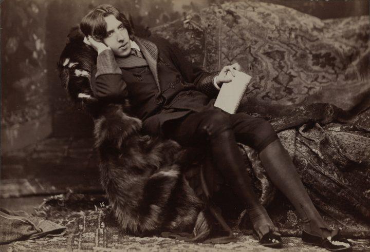 "Napoleon Sarony, ""Portrait of Oscar Wilde #15"" (1882) (© Library of Congress, Washington)"