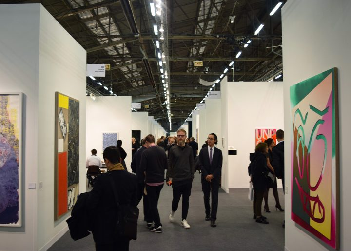 Visitors at the 2016 Armory Show art fair (photo by the author for Hyperallergic)