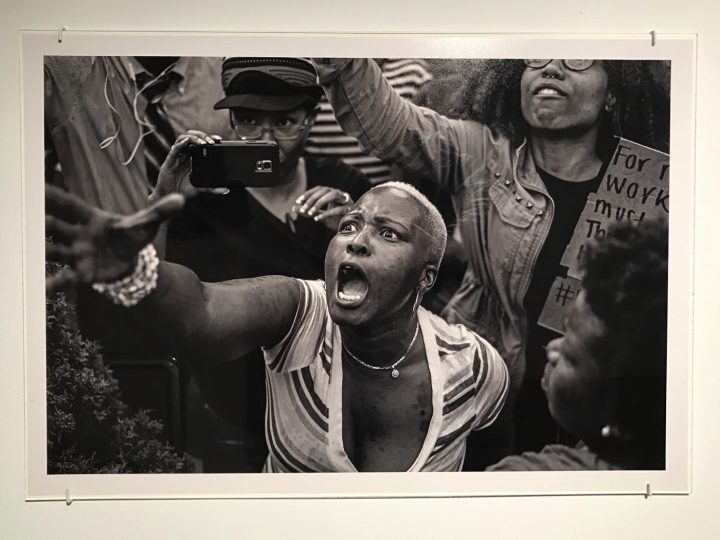 The Power of Protest Art and the Dignity of the Protester @Hyperallergic Artes & contextos devinallenphotocloseup 1