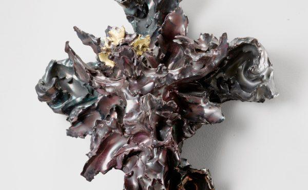 "Lucio Fontana, ""Crocifisso"" (1948), polychrome ceramics, 16 1/2 x 10 2/3 x 4 1/2 in (© Fondazione Lucio Fontana, by SIAE 2017, courtesy Galerie Karsten Greve Cologne, Paris, St Moritz)"