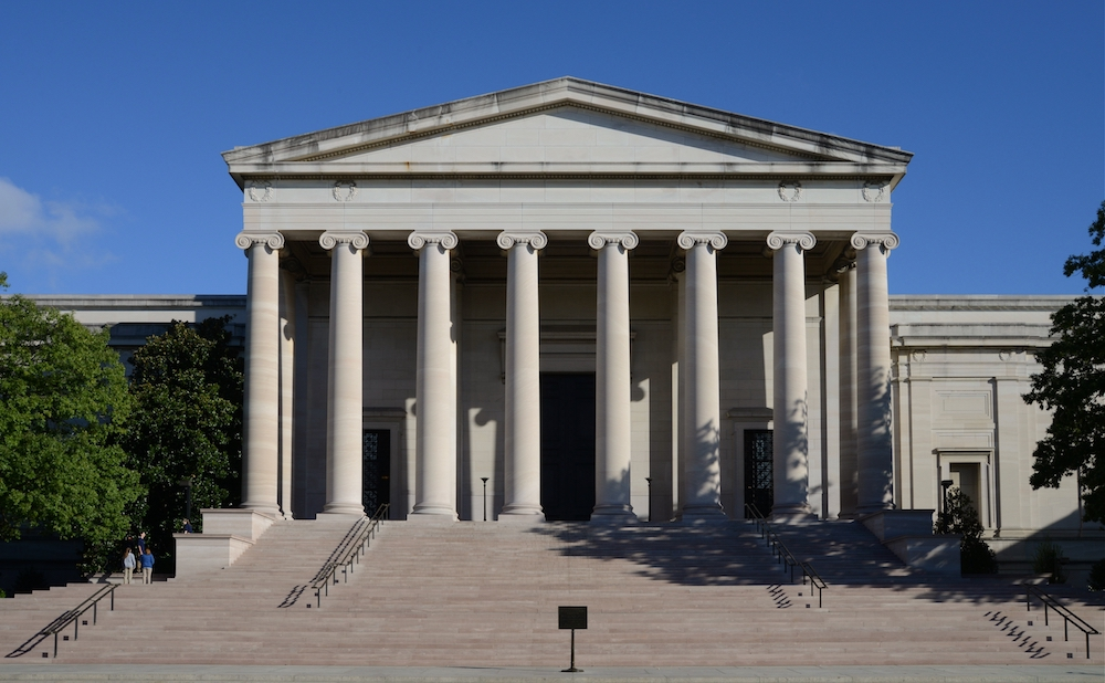 The façade of the National Gallery of Art in Washington, DC (photo by Alvesgaspar, via Wikimedia Commons)