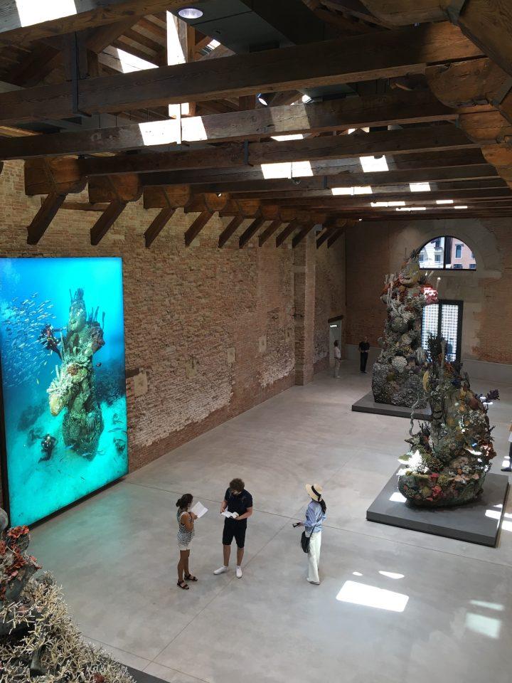 Damien Hirst S Shipwreck Fantasy Sinks In Venice