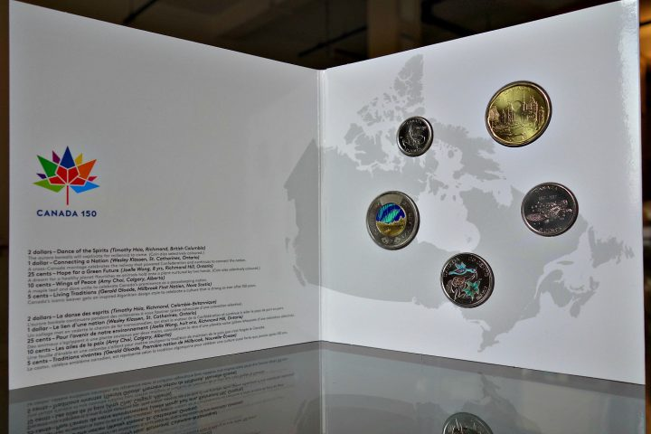 """The """"My Canada, My Inspiration"""" 2017 coin collection (photo by the author for Hyperallergic)"""
