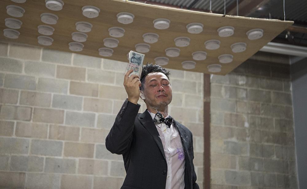 "Miao Jiaxin, ""Next Performance"" (2017), at The Secret Group, Houston, Texas (photo courtesy of the artist)"