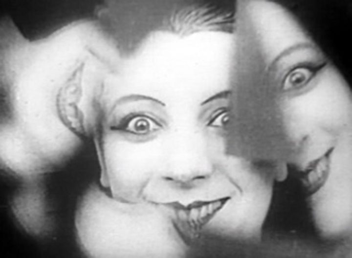 """Fernand Léger and Dudley Murphy, """"Le Ballet Mécanique"""" (1924), still photo of Kiki de Montparnasse from 35 mm black and white film (Paris, Centre Pompidou, Musée national d'art moderne; © Centre Pompidou, MNAM-CCI/Service de la documentation photographique du MNAM/Dist. RMN-GP © Adagp, Paris, 2017 © droits réservés)"""