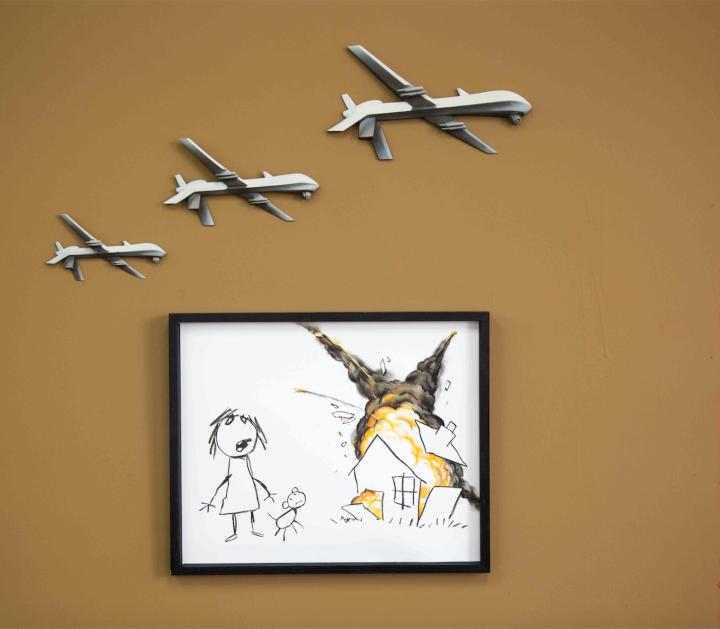 New Banksy Piece Targets London Arms Fair