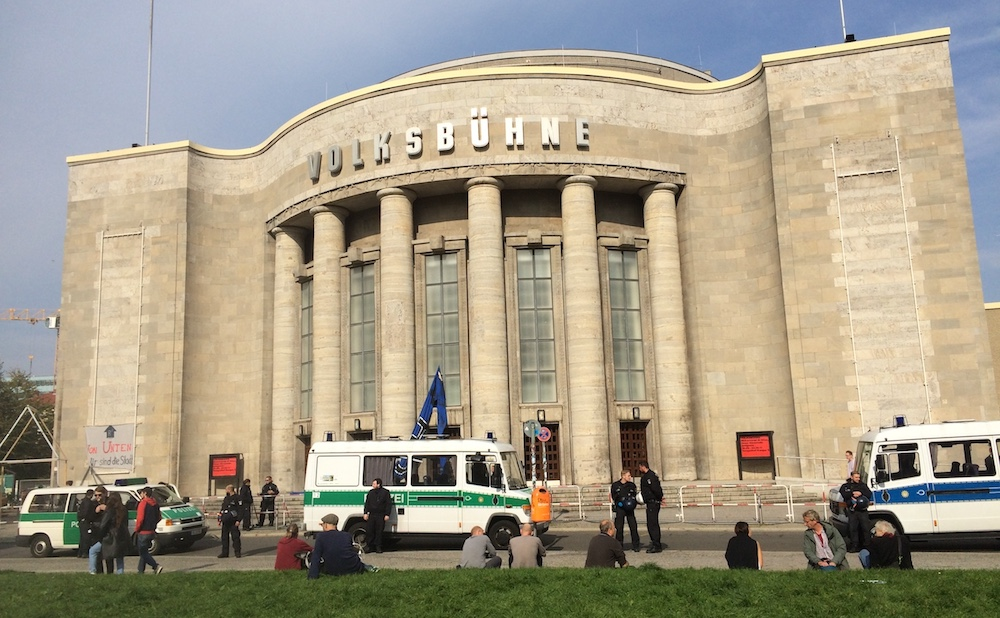 Police outside the Volksbühne (photo by and courtesy Gulnara Petzold)