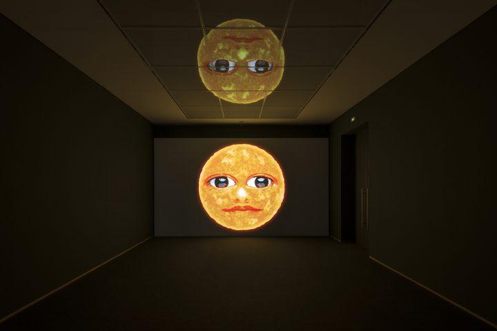 """Installation view of Agnieszka Polska's HD animation piece, """"What the Sun Has Seen (Version II)"""" (2017), in the 2017 Preis der Nationalgalerie exhibition (© Nationalgalerie – Staatliche Museen zu Berlin / Jan Windszus / Courtesy Zak Branicka Galerie, Berlin and OVERDUIN & CO., LA)"""