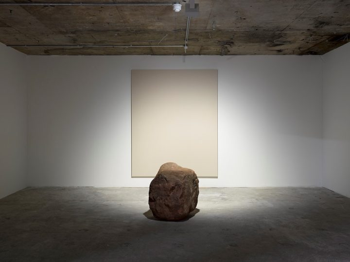 "Lee Ufan, ""Dialogue – Silence"" (2013) (photo by Jack Hems, © Lee Ufan, courtesy Lisson Gallery)"