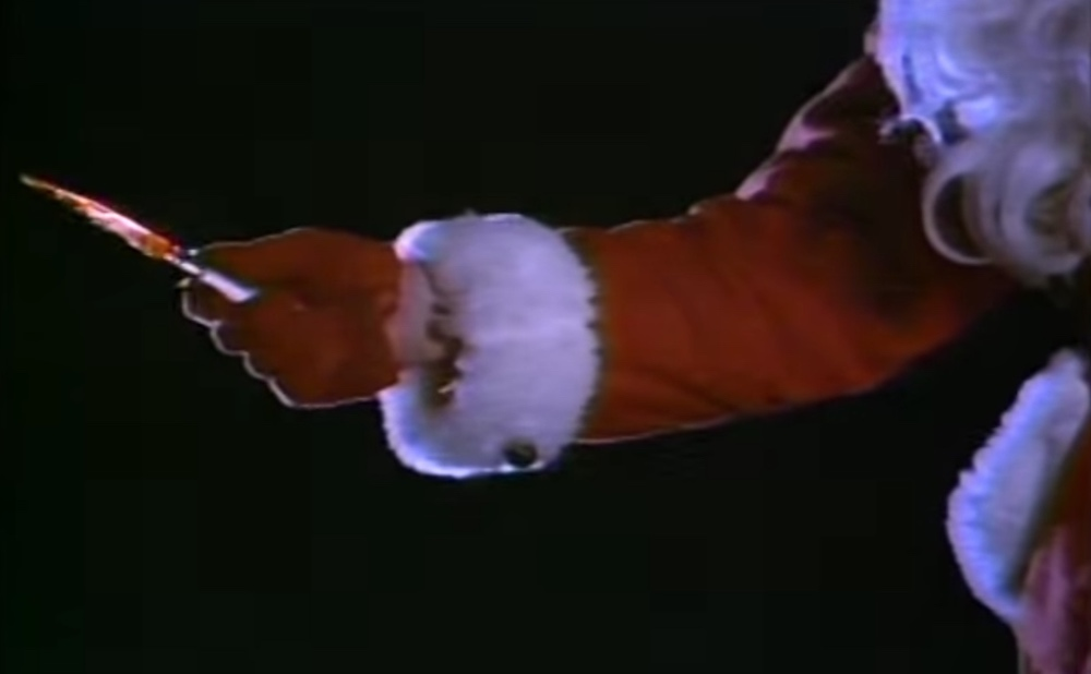 Still from Silent Night, Deadly Night (1984) (screenshot by the author via YouTube)
