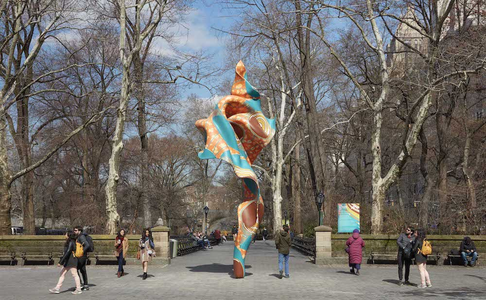 """Yinka Shonibare,""""Wind Sculpture (SG) I"""" (2018),hand-painted fiberglass resin cast(courtesy Collection of Davidson College, NC, and James Cohan Gallery, NY; photo by Jason Wyche, courtesy of Public Art Fund, NY)"""
