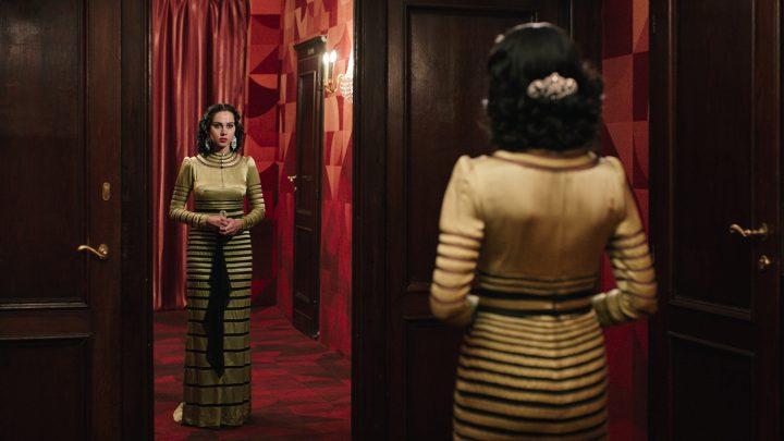 <em>Looking for Oum Kulthum</em> (2017), directed by Shirin Neshat in collaboration with Shoja Azari (image courtesy of Razor Film)