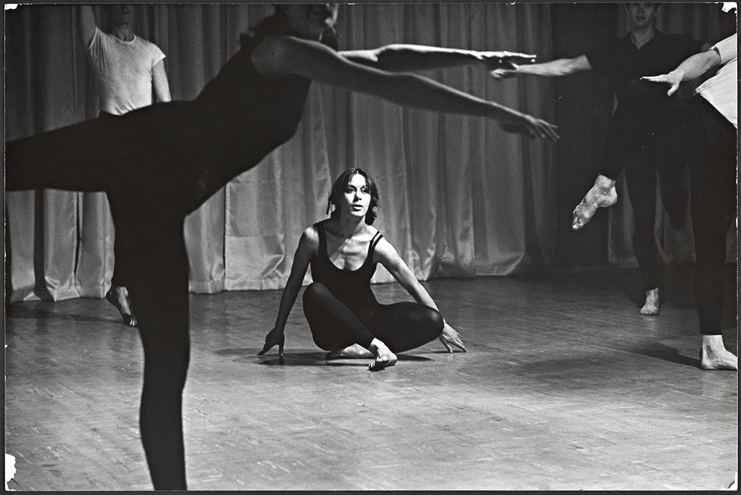 """Yvonne Rainer in the """"Bach"""" Section of Terrain, photo by Al Giese, 1963. Image courtesy of Getty Research Institute, Los Angeles (2006.M.24)"""