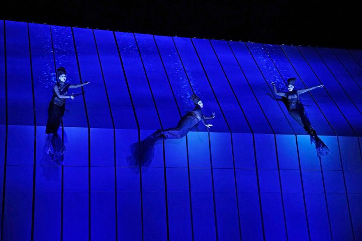 Samantha Hankey as Wellgunde, Amanda Woodbury as Woglinde, Tamara Mumford as Flosshilde in Wagner's <em srcset=