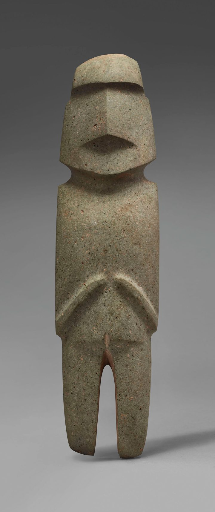 Important personnage debout Mezcala, type M10, preclassive recent, green gray andesite, 13 inches high (image courtesy Christie's)