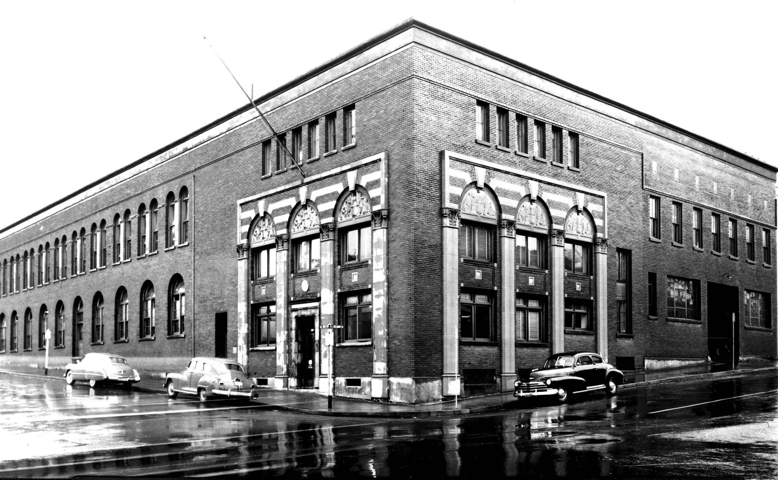 Yale Union Laundry Building 1950 scaled 1