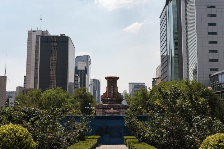 ¡Adiós, Colón! Sculpture of Indigenous Woman Will Replace Mexico City's Columbus
