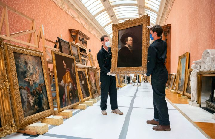The Queen of England's Inaccessible Art Collection