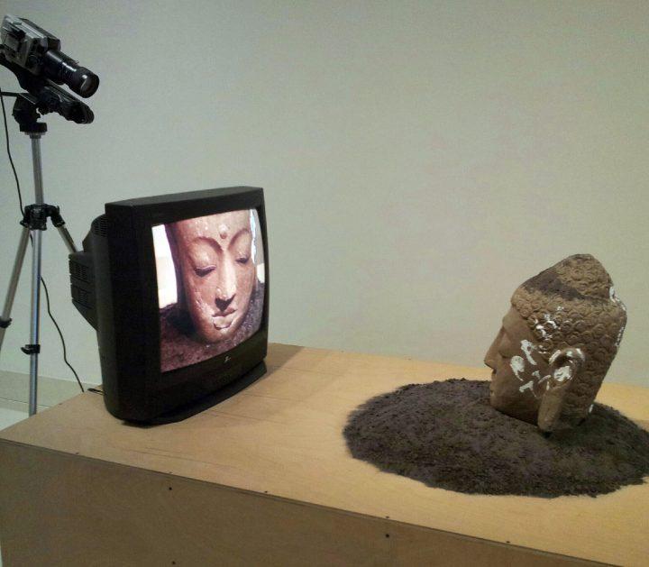 Screens: 🎨 Art Critics on Pandemic TV 📺